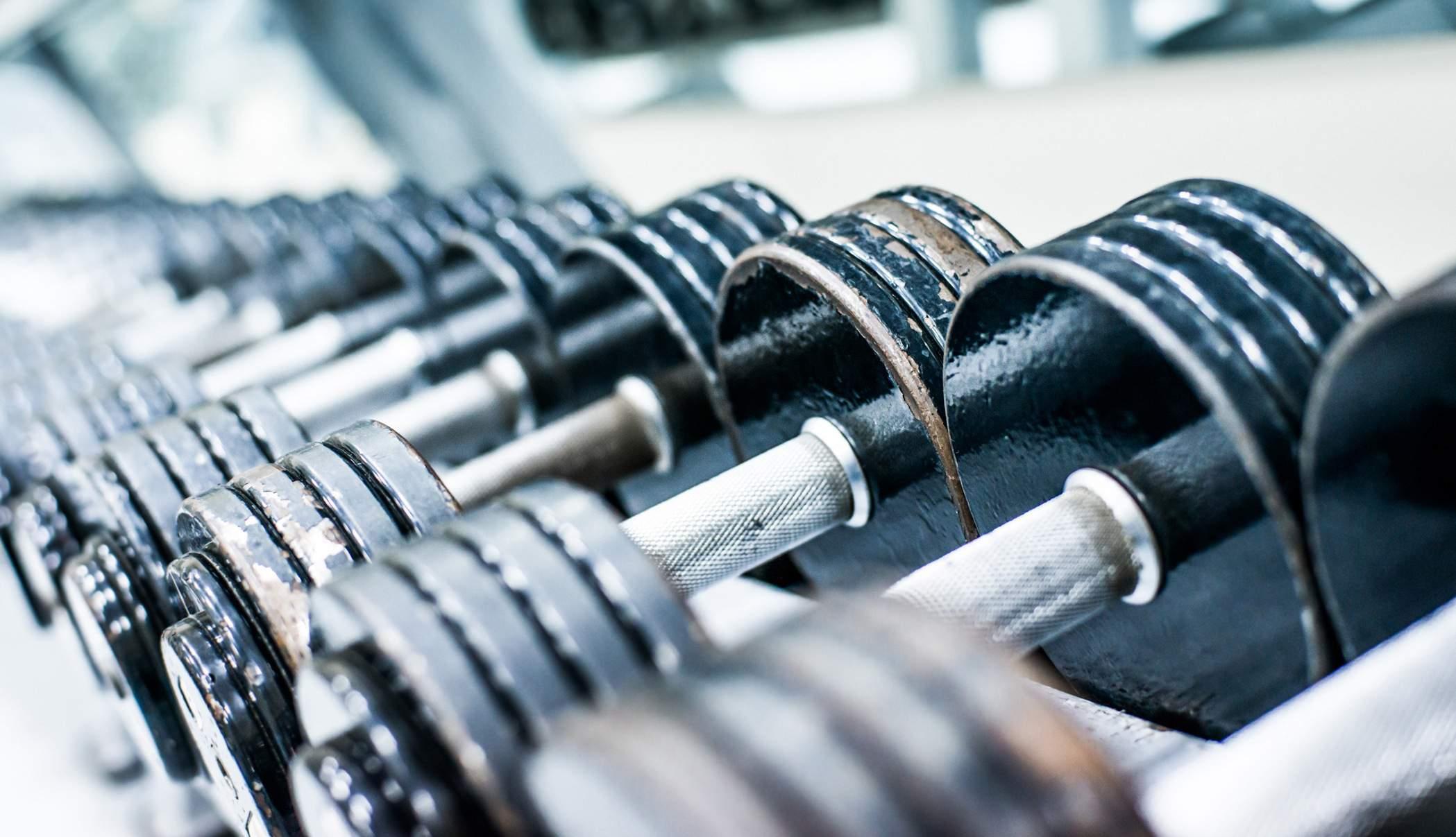 Como Saber O Peso Que Você Deve Levantar Em Cada Exercício