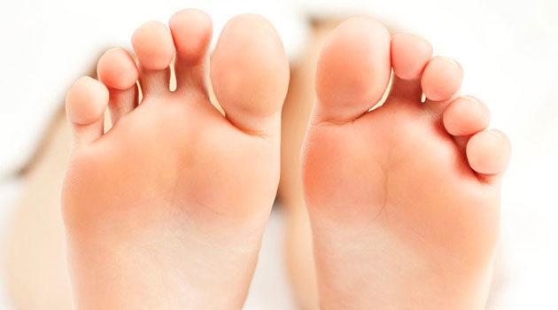 Fibrose Nos Pés: Causas, Sintomas E Tratamento