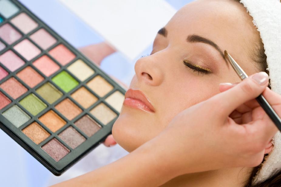 2018 Weekend In Dubai Beauty Week Base