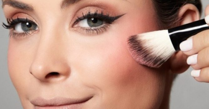 Use Pincéis E Faça A Sua Maquiagem Durar Mais