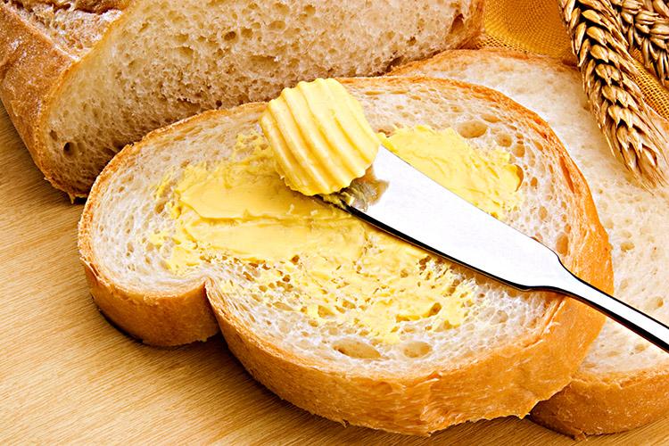 Acerte Na Escolha Do Que Você Passa No Pão