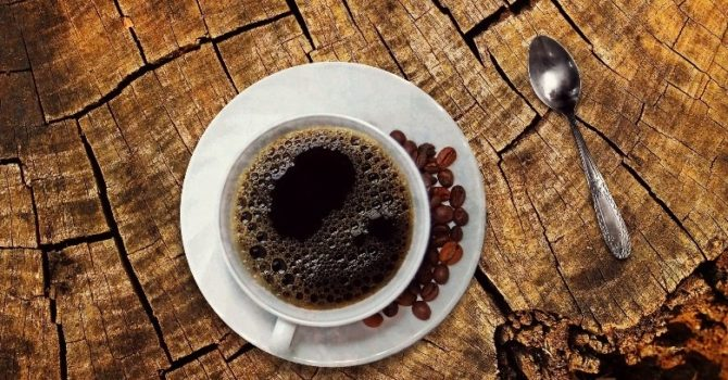 Cafeína Interfere Na Produção Hormonal Feminina