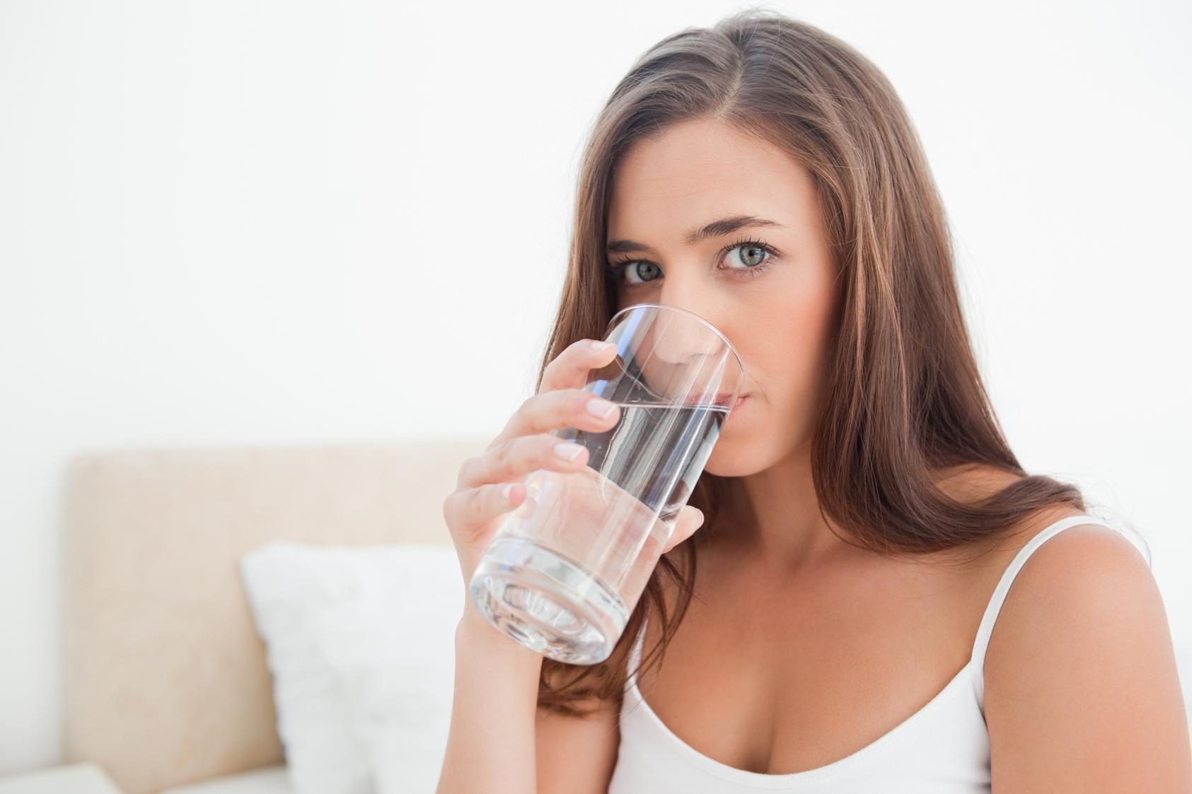 Hidrate-se Para Manter O ânimo Bom E O Intestino Funcionando