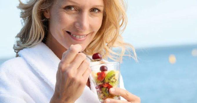 Alimentação Adequada Reduz Sintomas Da Menopausa