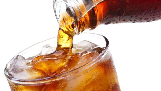 Excesso De Refrigerante Pode Causar Obesidade E Problemas Hepáticos