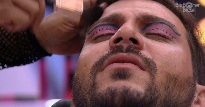 A Maquiagem E O Erro Da Performance Masculina