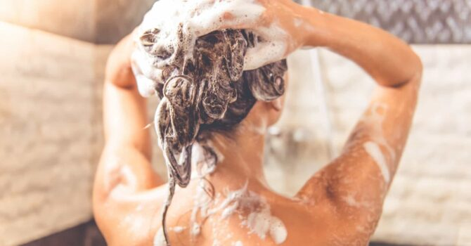 Lavar O Cabelo Todos Os Dias Faz Mal?