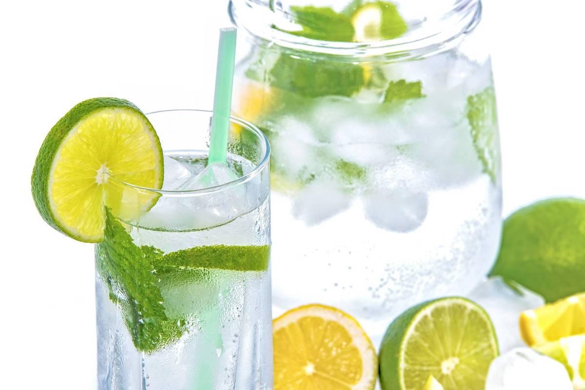 Água Com Limão Ou Pura, O Que é Melhor?