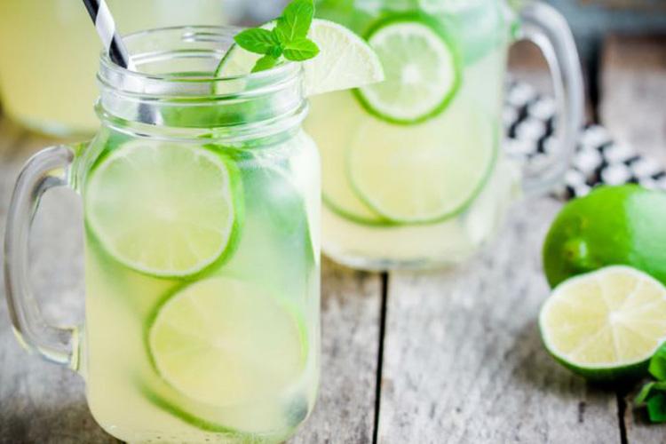 Água Com Limão Pode Ajudar Na Perda De Peso